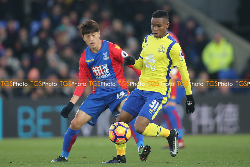 Ademola Lookman evades Lee Chung-Yong of Crystal Palace during during Crystal Palace vs Everton, Premier League Football at Selhurst Park on 21st January 2017