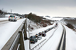 Pic Kenny Smith, Tel 07809 450119,  Traffic on the M90 north of Kinross came to a standstill due to the weather today