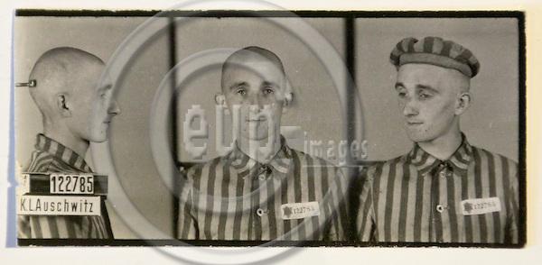 Auschwitz survivor Willi Frohwein KZ prisoner no. 122705.Berlin, 21.01.2005. Photo: CHRISTIAN JOERGENSEN / EUP-IMAGES
