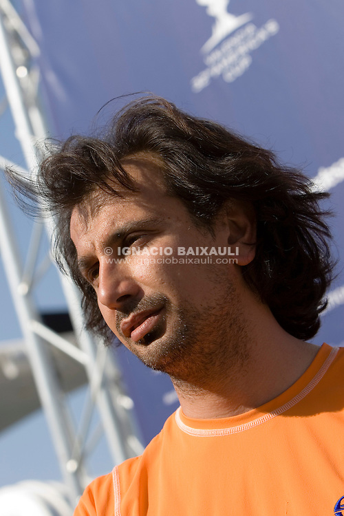 +39 Challenge - Giacomo Cannata (Meteorologistic, ITA) -  - LOUIS VUITTON CUP - ROUND ROBIN 1 - DAY 1,2,3,4,6,8 - Races cancelled - 2007 abr 16