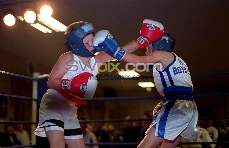 Pix: Ben Duffy/SWpix.com. Amateur Boxing Tournament. The Richmond Tavern, Rotherham. 09/05/2002...COPYWRIGHT PICTURE>>SIMON WILKINSON>>01943 436649>>..11 year old Stephen Fullwood Barnes left