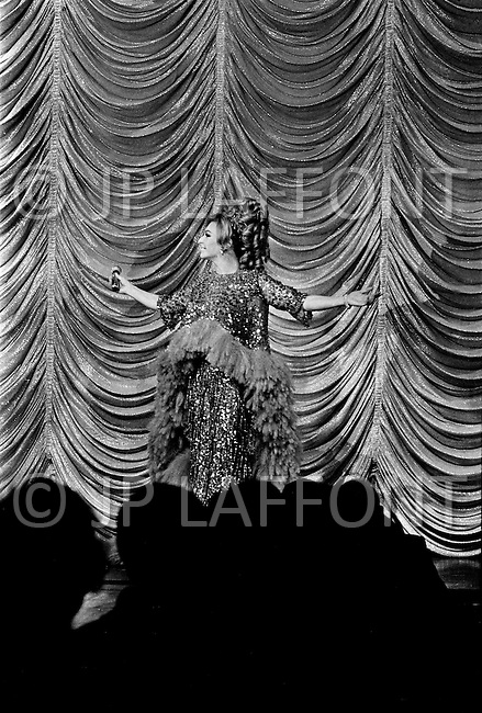 March 1969. Las Vegas, Nevada, USA. French singer and actress Line Renaud performing in Las Vegas in 1969. Renaud was one of France most-loved, respected, and successful entertainers.