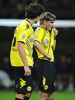 FUSSBALL   CHAMPIONS LEAGUE   SAISON 2011/2012  Borussia Dortmund - Arsenal London        13.09.2001 Mats HUMMELS (li) und Marcel SCHMELZER (re, beide Dortmund) enttaeuscht