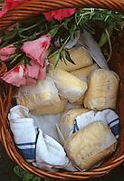 Europe/France/Bretagne/35/Ille-et-Vilaine/Rennes: Beurre fermier sur le marché Place des Lices