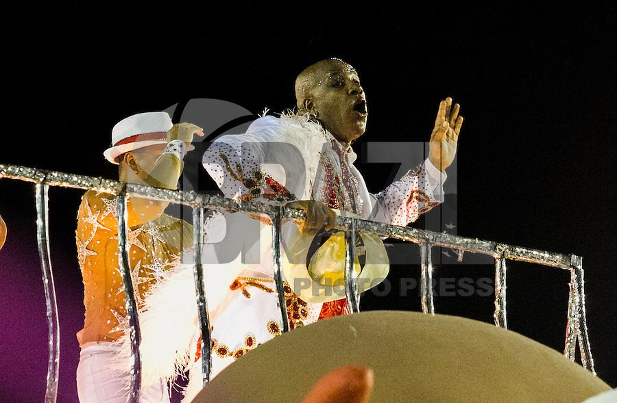 RIO DE JANEIRO, RJ, 17.02.2015 - CARNAVAL 2015 - RIO DE JANEIRO - GRUPO ESPECIAL / PORTELA - Ator Aílton Graça<br /> Atorda escola de samba Portela durante desfile do grupo Especial do Carnaval do Rio de Janeiro, na madrugada desta terça-feira (16). ( Foto: Paulo Lisboa / Brazil Photo Press).