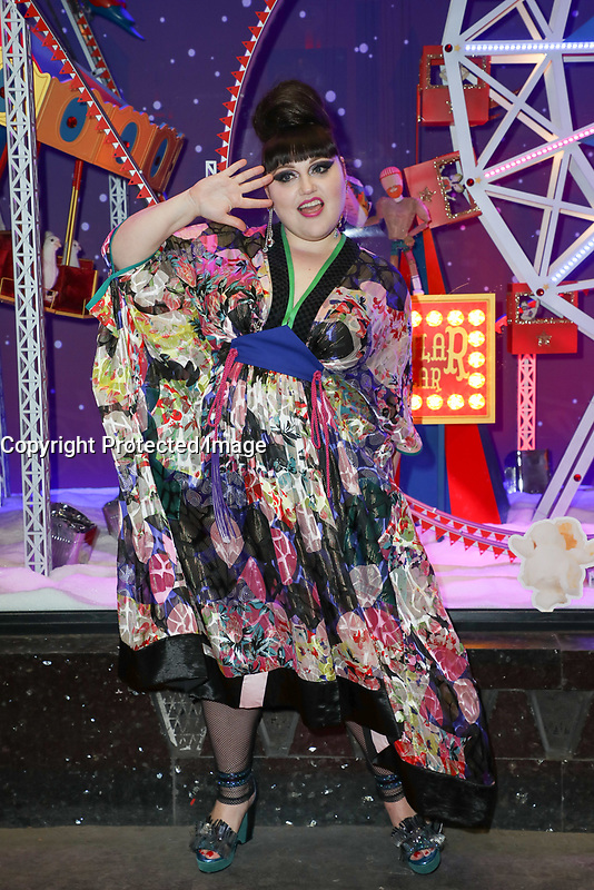 BETH DITTO - INAUGURATION DES DECORATIONS DE NOEL AUX GALERIES LAFAYETTE HAUSSMANN A PARIS, FRANCE, LE 08/11/2017.