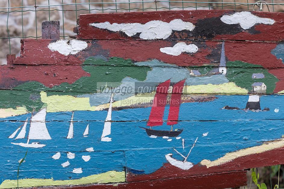France, Morbihan (56), Golfe du Morbihan, Île-aux-Moine: Peinture murale // France, Morbihan, Gulf of Morbihan, Île-aux-Moines