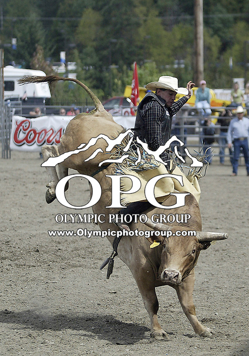 26 Aug 2007:  Lucas Dick riding the bull Winchester scored a 72 in the Extreme Bulls competition at the Kitsap County Thunderbird PRCA Pro Rodeo Extreme Bulls in Bremerton, Washington.