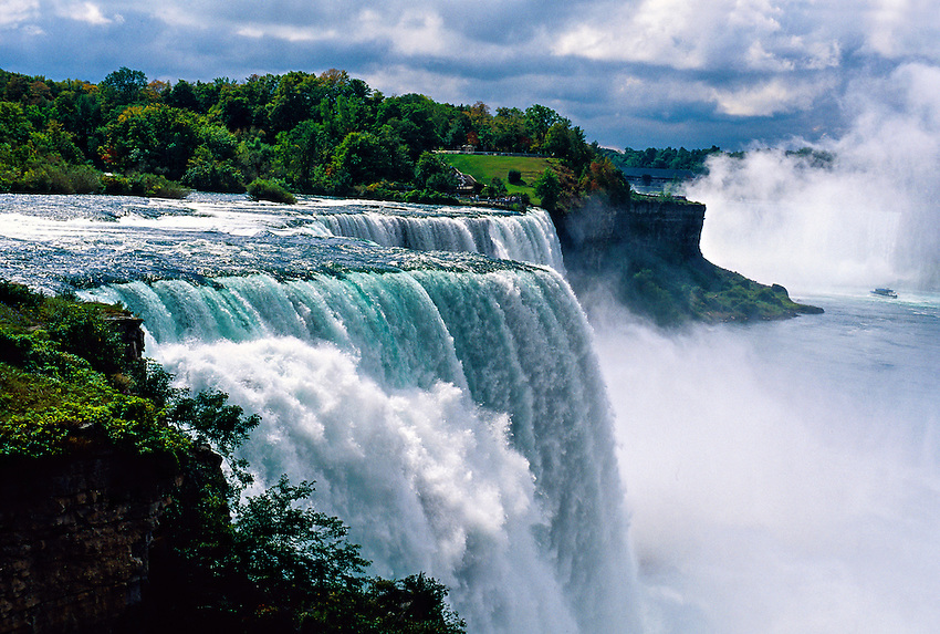 how to travel from new york to niagara falls