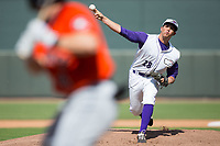 Winston-Salem Dash relief pitcher Yelmison Peralta (28) delivers a pitch to the plate against the Buies Creek Astros at BB&T Ballpark on April 16, 2017 in Winston-Salem, North Carolina.  The Dash defeated the Astros 6-2.  (Brian Westerholt/Four Seam Images)
