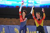 SCHAATSEN: BERLIJN: Sportforum, 06-12-2013, Essent ISU World Cup, 3000m Ladies Division A, Martina Sábliková (CZE), Claudia Pechstein (GER), ©foto Martin de Jong