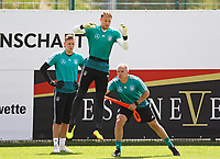 Torwart Manuel Neuer (Deutschland Germany) im Sprungtraining - 28.05.2018: Training der Deutschen Nationalmannschaft zur WM-Vorbereitung in der Sportzone Rungg in Eppan/Südtirol