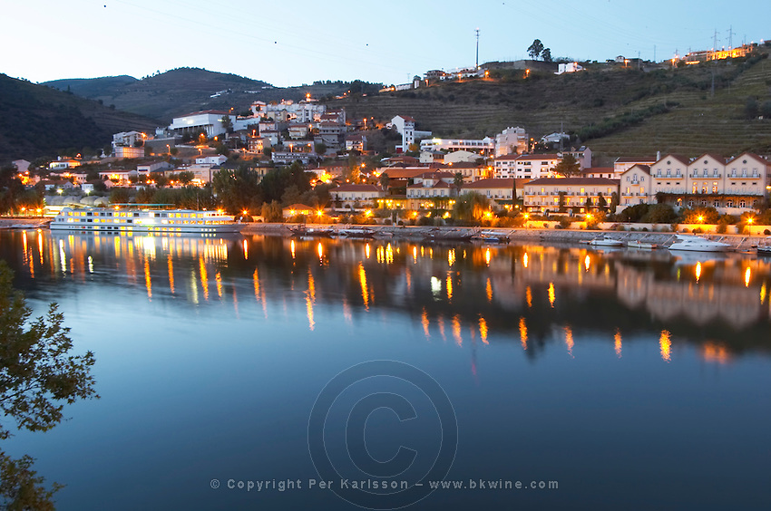 Pinhao town, Vintage House Hotel, and douro river pinhao douro portugal