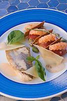 Afrique/Afrique du Nord/Maroc/Rabat: dos de Dorade rtie, petit millefeuille de langoustines aux artichauts et huile d'argan, creme de parmesan recette de Christophe Vauthier chef de l'Hotel - Maison d'Hote Villa Mandarine