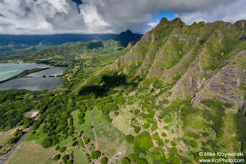Aerial view of the Ko'olau mountains, Kualoa, Oahu