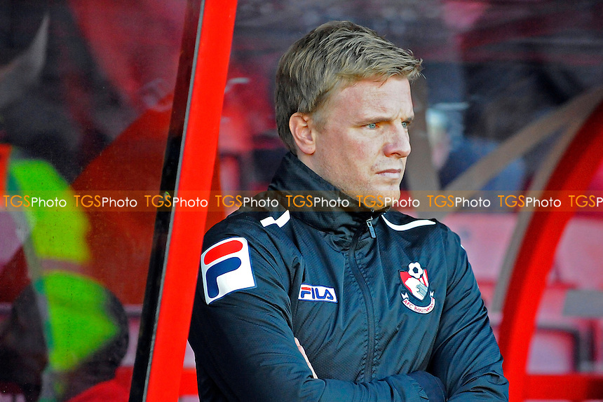 AFC Bournemouth Manager Eddie Howe - AFC Bournemouth vs Yeovil Town - Sky Bet Championship Football at the Goldsands Stadium, Bournemouth, Dorset - 26/12/13 - MANDATORY CREDIT: Denis Murphy/TGSPHOTO - Self billing applies where appropriate - 0845 094 6026 - contact@tgsphoto.co.uk - NO UNPAID USE