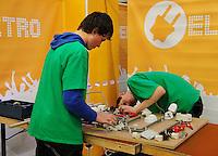 Wedstrijd elektro techniek tijdens het Skills Masters evenement in Ahoy