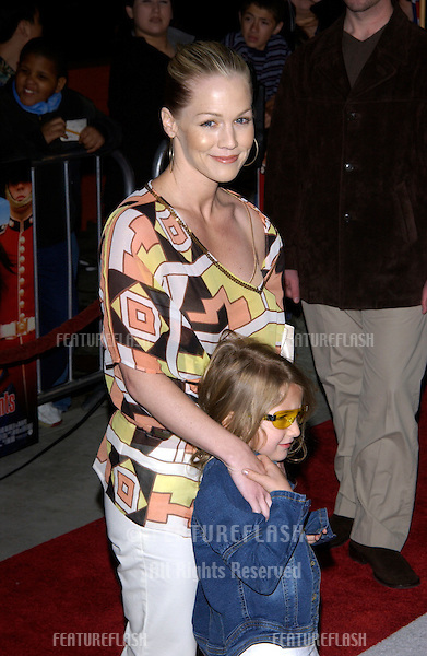 Actress JENNIE GARTH & daughter Luca Bella at the Los Angeles premiere of What A Girl Wants..March 27, 2003