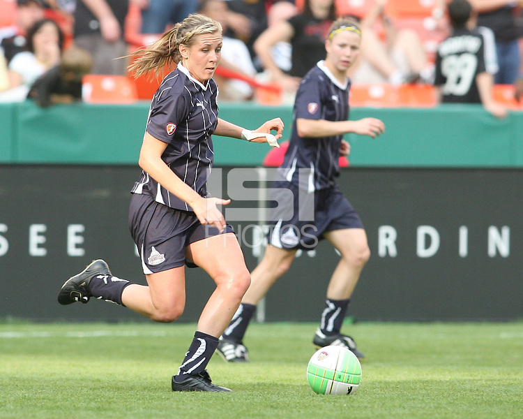 Allie Long #9 and Rebecca Moros #19 of the Washington Freedom attacking against St. Louis Athletica during a WPS match on May 1 2010, at RFK Stadium, in Washington D.C. Freedom won 3-1.