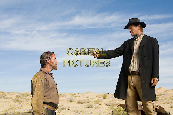 Pierce Brosnan & Liam Neeson.in Seraphim Falls.*Filmstill - Editorial Use Only*.CAP/PLF.Supplied by Capital Pictures.
