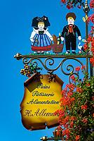 France, Alsace, Haut-Rhin, Guild Sign of a Bakery and Pastery | Frankreich, Elsass, Haut-Rhin, Zunftschild einer Baeckerei und Konditorei