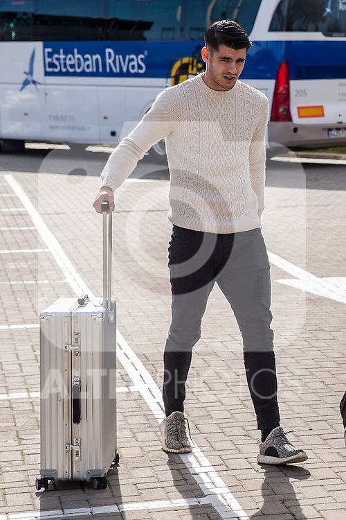 Spainsh Alvaro Morata arriving at the concentration of the spanish national football team in the city of football of Las Rozas in Madrid, Spain. November 08, 2016. (ALTERPHOTOS/Rodrigo Jimenez)