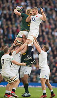 Twickenham, United Kingdom, Saturday, 3rd November 2018, RFU, Rugby, Stadium, England,   Line out England George KRUIS, blocked by RSA lock, Pieter-Steph du TOIT, during the Quilter, Autumn International, England vs South Africa, © Peter Spurrier