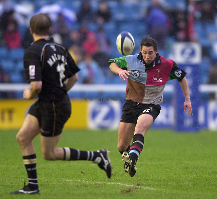 Photo. Richard Lane. .Harlequins v Newcastle at the Stoop, London. Zurich Premiership Rugby. 16-3-2002.Ben Gollings chips ahead.