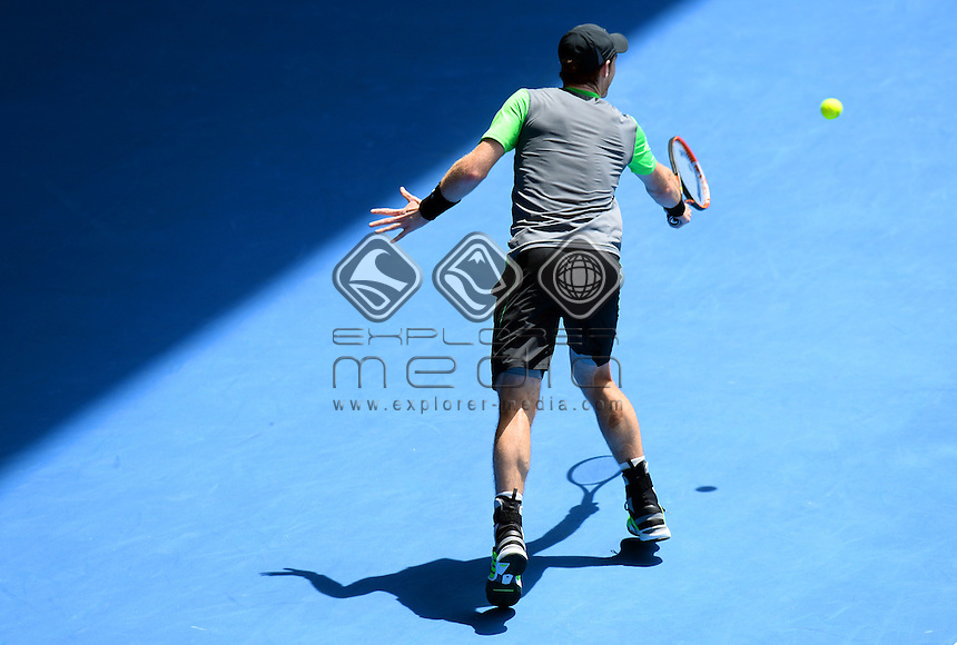 Andy Murray (GBR) round 1 action<br /> 2015 Australian Open Tennis <br /> Grand Slam of Asia Pacific<br /> Melbourne Park, Vic Australia<br /> Monday 19 January 2015<br /> &copy; Sport the library / Jeff Crow