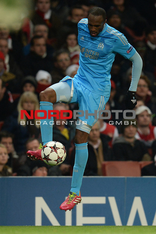 26.11.2013, Emirates Stadium London, UEFA Champions League, Arsenal FC  vs  Olympique Marseille, Gruppenphase, Pool E, im Bild <br /> <br /> Marseille's Kassim Abdallah<br /> <br /> Foto nph / Gunn