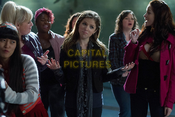 ESTER DEAN, ANNA KENDRICK.in Pitch Perfect (2012) .*Filmstill - Editorial Use Only*.CAP/FB.Supplied by Capital Pictures.