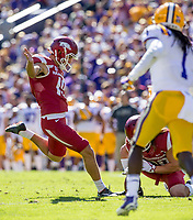 NWA Democrat-Gazette/BEN GOFF @NWABENGOFF<br /> Connor Limpert, Arkansas kicker, makes a point after in the second quarter Saturday, Nov. 11, 2017 at Tiger Stadium in Baton Rouge, La.