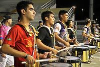 SÃO PAULO,SP,10 JANEIRO 2013 - ENSAIO CARNAVAL - Integrantes da Escola de Samba Rosas de Ouro durante ensaio tecnico realizado Sambodromo do Anhembi, na noite desta quinta-feira, 10 .FOTO ALE VIANNA - BRAZIL PHOTO PRESS.