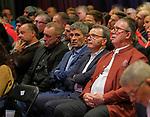 1. FC Kaiserslautern - Jahreshauptversammlung<br /> Die Mannschaft von Dr.Markus MERK, mi, v.li: Martin WEIMER, Martin WAGNER, MERK, Rainer KESSLER und Prof. Dr. Jörg E. WILHELM <br /> <br /> Foto © PIX-Sportfotos *** Foto ist honorarpflichtig! *** Auf Anfrage in hoeherer Qualitaet/Aufloesung. Belegexemplar erbeten. Veroeffentlichung ausschliesslich fuer journalistisch-publizistische Zwecke. For editorial use only. DFL regulations prohibit any use of photographs as image sequences and/or quasi-video.