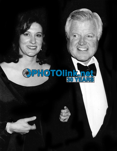 Ted Kennedy and wife Victoria Undated<br /> Photo By John Barrett/PHOTOlink