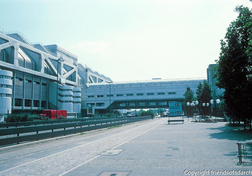 Berlin: International Congress Center, 1973-1978. 300 meters long. Photo '87.