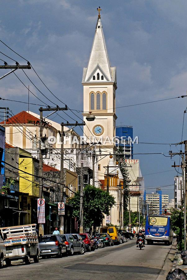 Igreja no Largo de Pinheiros. São Paulo. 2009. Foto de Juca Martins.