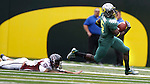 09/17/11-- Oregon running back De'Anthony Thomas runs by Missouri State's Jordan Chiles at Autzen Stadium in Eugene, Or....Photo by Jaime Valdez. ..............................................