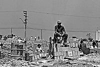 Invasão de terra, Campo Limpo. São Paulo. 1981. Foto de Juca martins.