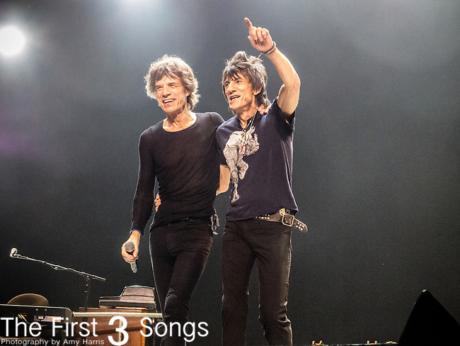 Ronnie Wood; Mick Jagger