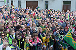 18-1-2017: Fans cheer as the Kerry team on arrival at Fitzgerald Stadium Killarney to receive a hero's welcome at the homecoming on Monday evening.<br /> Photo: Don MacMonagle