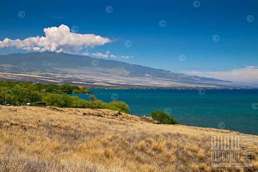 Puako Bay and Hualalai Volcanic Mountain, Kohala, Big Island.
