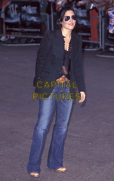 "SHARLEEN SPITTERI "" TEXAS "".14 August 2001.ref:11003.full length, full-length, jeans, denim, black jacket, blazer.www.capitalpictures.com.sales@capitalpictures.com.©Capital Pictures"