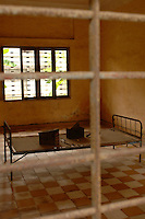Steel beds where people were tortured in S-21 or Tuol Sleng prison in Pnom Phen in Cambodia. The Cambodian Genecide of 1975 - 1979 where over 1.7 million were executed outside Phnom Penh, Cambodia, 30 October 2007.  Kaing Guek Eav know as duch the commander of the torture house known as S-21 or Tuol Sleng prison was put on trial yesterday 21 Nov 2007 after 28 years.