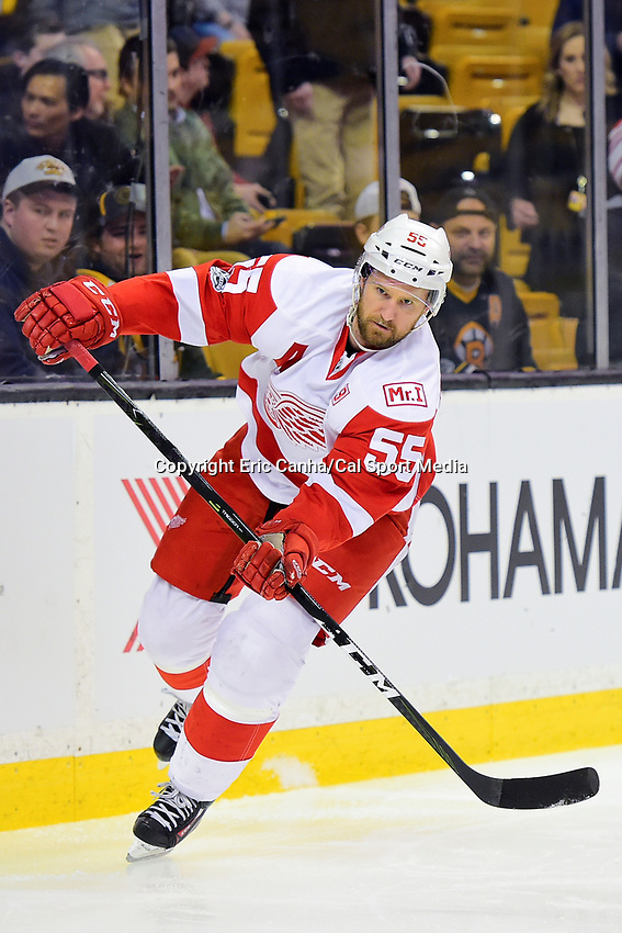 Wednesday, March 8, 2017: Detroit Red Wings defenseman Niklas Kronwall (55) warms up prior to the National Hockey League game between the Detroit Red Wings and the Boston Bruins held at TD Garden, in Boston, Mass.  Boston defeats Detroit 6-1 in regulation time. Eric Canha/CSM