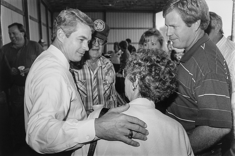 Senate candidate Rep. Dave McCurdy, D-Okla. meet the people at a barbeque lunch campaign event in Wagoner, Oklahoma on Oct. 18, 1994. (Photo by Chris Martin/CQ Roll Call)