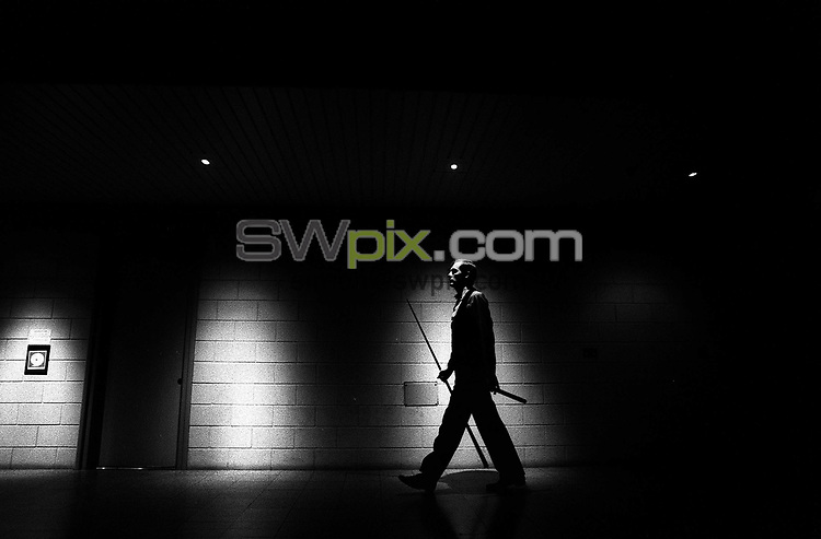 Pix: Michael Steele/SWpix.com. Snooker. Steve Davis, Doncaster Dome 1992...COPYWRIGHT PICTURE>>SIMON WILKINSON>>01943 436649>>..Master in the art. Snooker legend Steve Davis, Doncaster Dome 1992.