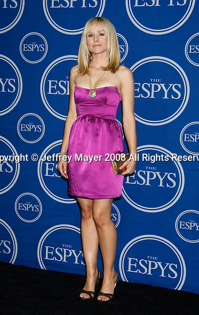 Actress Kristen Bell poses in the press room at the 2008 ESPY Awards held at NOKIA Theatre L.A. LIVE on July 16, 2008 in Los Angeles, California.