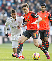 Real Madrid's James Rodriguez (l) and Real Sociedad's Sergio Canales during La Liga match.January 31,2015. (ALTERPHOTOS/Acero) /NortePhoto<br />