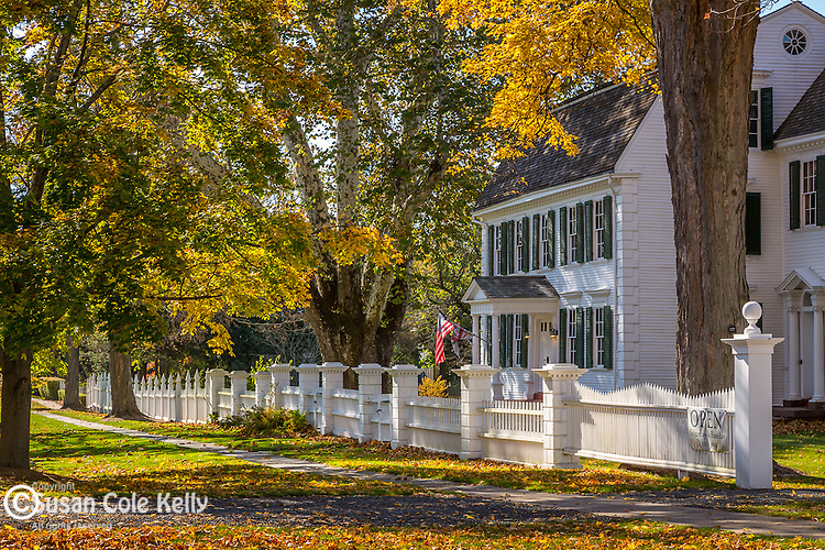 Fall foliage at the Hathaway House in Suffield, Connecticut, USA